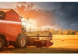 天空稻子收割机