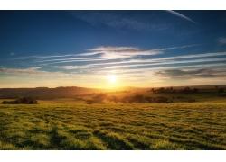 草原日出风景