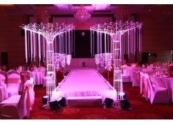 室内婚礼现场灯光舞台