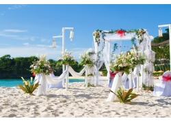 沙滩上的婚礼现场布置