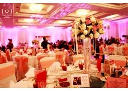 温馨浪漫的室内婚礼现场
