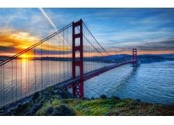 金门大桥和日出