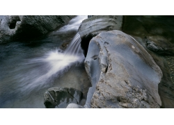 旅游景区瀑布河流与岩石