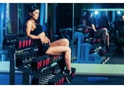 休息的健身女子