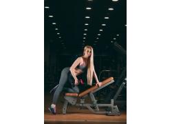 运动锻炼的女士