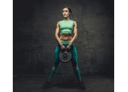 强壮的健身女子