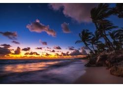 傍晚的海洋风景