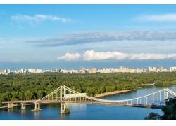 基辅桥梁风光