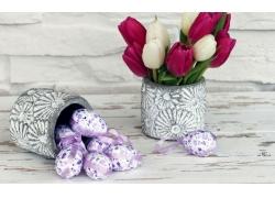 花桶里的鲜花和彩蛋图片