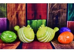 绿色小鱼彩蛋图片