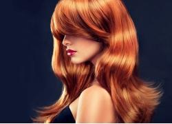 红色头发女人
