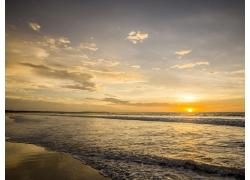 沙滩与大海