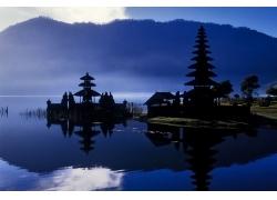 山前宝塔的美丽夜景