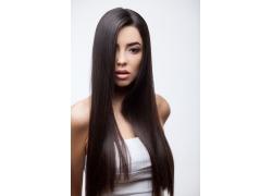 黑色长发女人