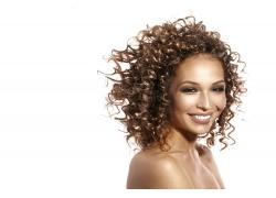金色卷发的欧美女人
