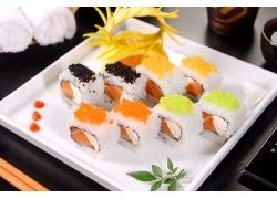 盘子里的日本料理