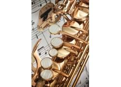 萨克斯管和乐谱