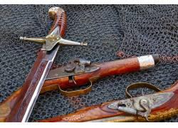 铁丝网上的武器