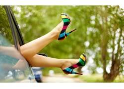 长腿汽车美女