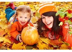 秋季旅游景区人物摄影图片