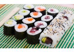 紫菜包饭寿司