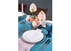 白色盘子餐具
