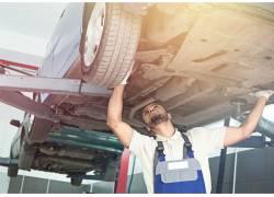汽车维修人物摄影