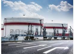 工厂的储油设备摄影