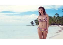 海水和内衣模特摄影