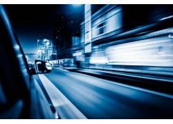 蓝色行驶速度感