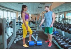 健身馆锻炼
