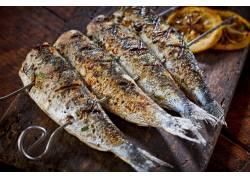 烤鱼高清图片