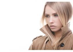 银发美女的表情摄影
