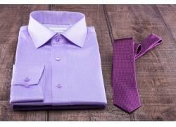 紫色衬衫领带