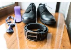 男士商务腰带皮鞋领带